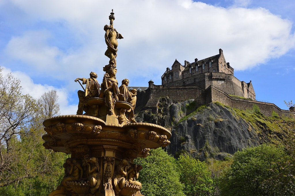 A day in Edinburgh, visit Edinburgh Castle