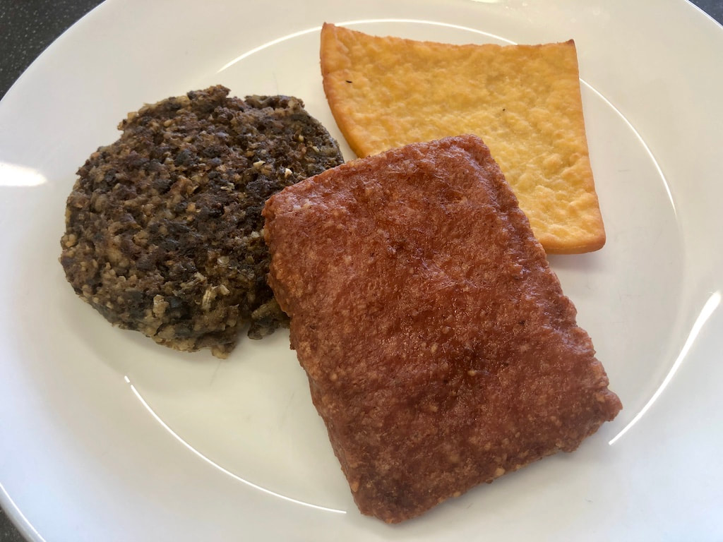 traditional scottish food menu, potato scone, haggis and lorne sausage